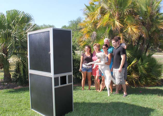 Outdoor Venice Photo Booth – Venice Photo Booth